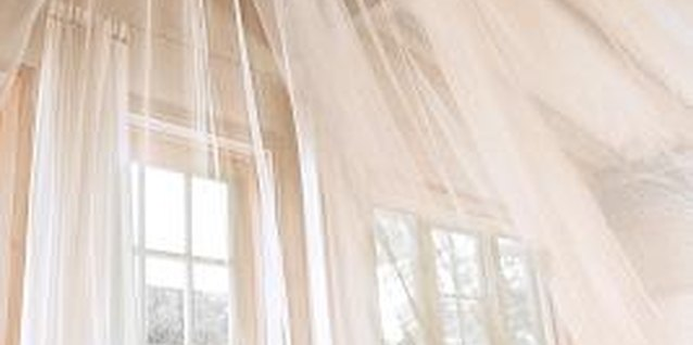 How to Make an Organza Light Curtain