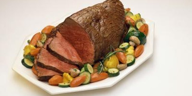 How to Cook a Sirloin Tip Roast in a Roaster Bag