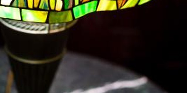 How to Clean Tiffany Style Lamps