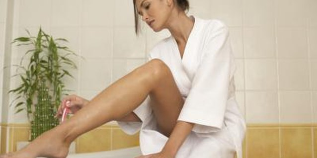 How to Soothe Legs That Burn After Shaving