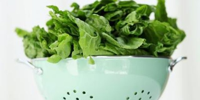 Cooking Spinach With Vinegar & Lemon