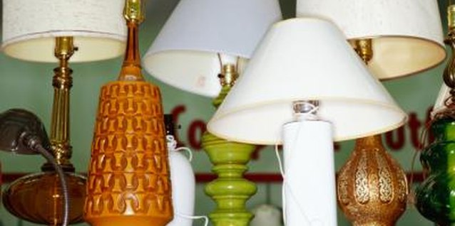 How to Re-Cover a Pleated Lampshade