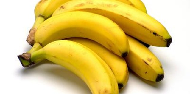 Fresh bananas are a safe snack for kids with peanut and milk allergies.