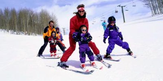 Find year-round family activities in the Poconos Mountains region.