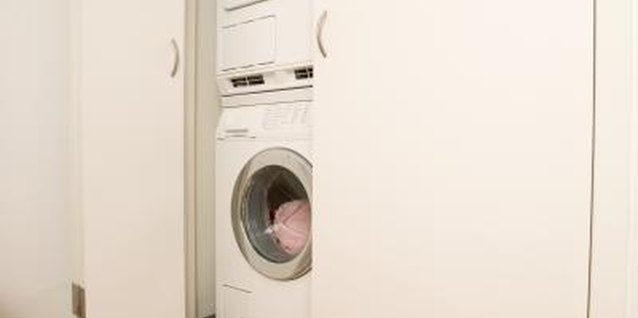 How to Disguise the Laundry Area