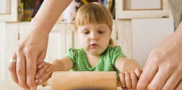 Fine Motor Activities for Toddlers to Do