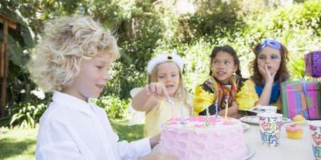 When to Send Out a Birthday Invitation for a Five Year Old's Party