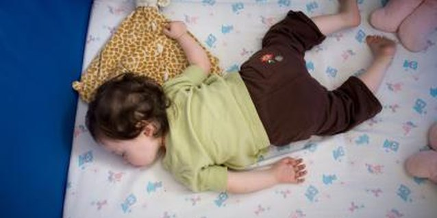 When it's time to rouse a sleeping toddler, make a gentle wake-up call.