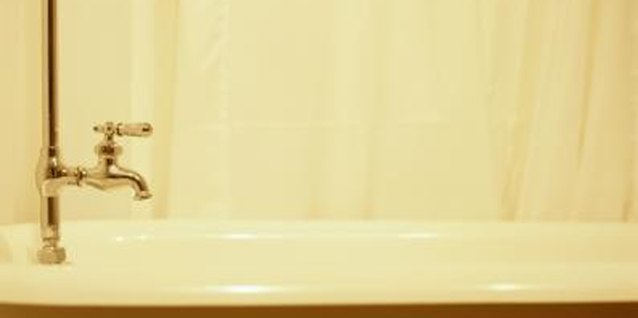 Simple Ways to Wash Shower Curtains