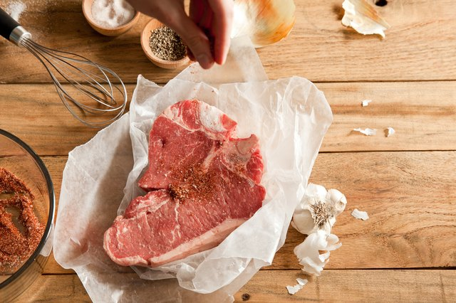 How To Season T Bone Steaks With Pictures Ehow
