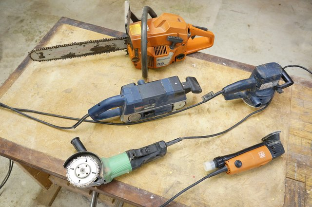 Power tool collection for the stump table.