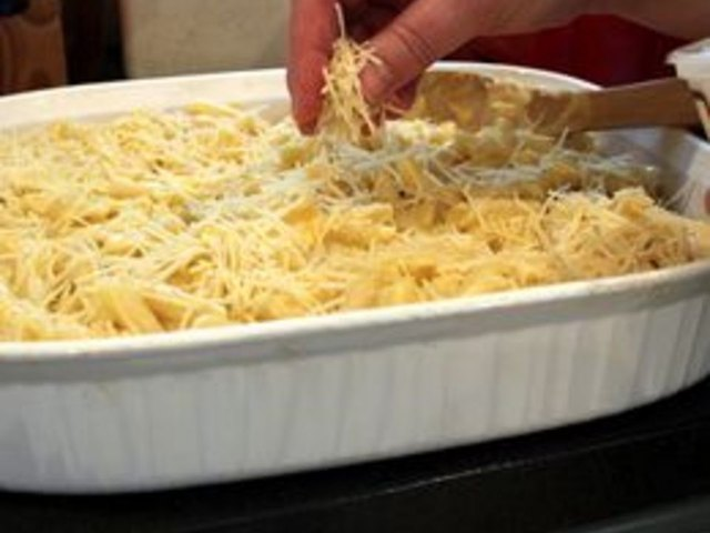 how to make macaroni cheese We all know the drill when you open up a blue box of mac and cheese cook the pasta, drain the water, throw in some dairy and the mystery powder in the mess and make a better blue box mac and cheese (without any extra ingredients) we all know the drill when you open up a blue box of mac and.
