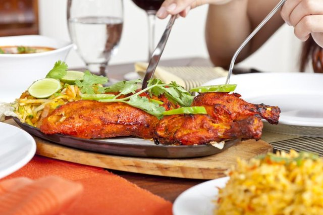 A plate of tandoori chicken