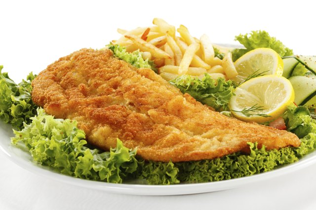 Reheat fried fish to enjoy delicious leftovers.