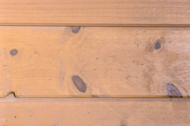 DIY Wood Bar Top Counter Construction (with Pictures) | eHow