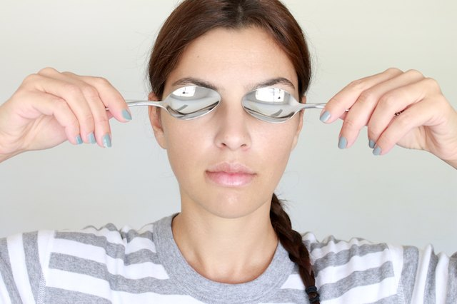 If you often experience puffy eyes, keep two spoons in the fridge at all times.