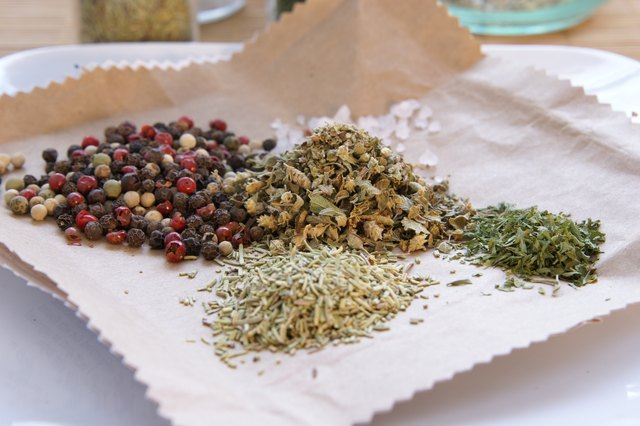 How to Make Greek Seasoning
