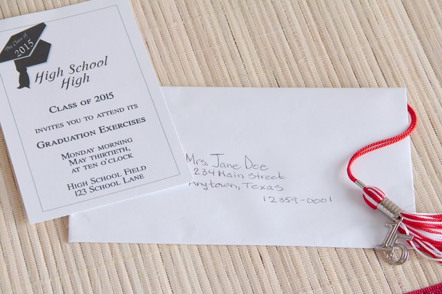 What Is The Correct Way To Address Wedding Invitations: Proper Way To Address Graduation Invitations (with