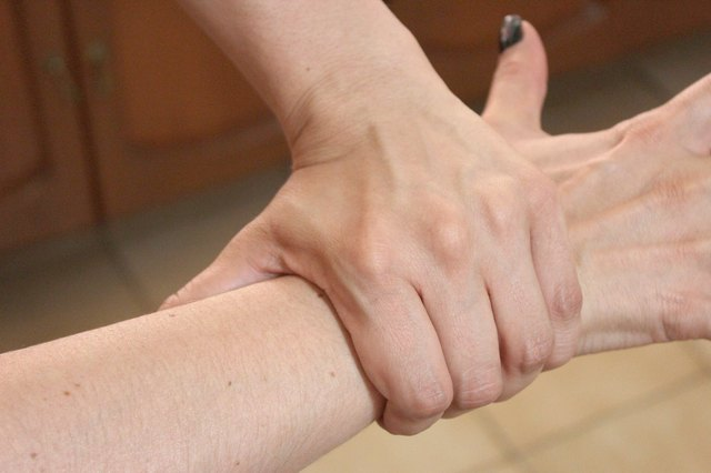 How to Treat Tendonitis in Forearm