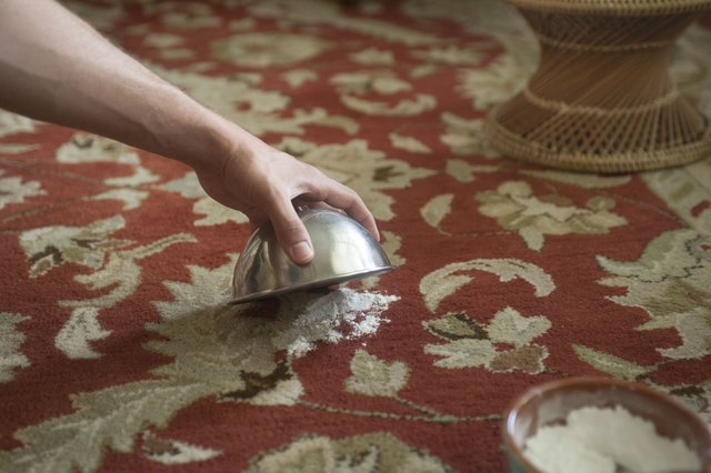 How to clean urine from carpet with baking soda