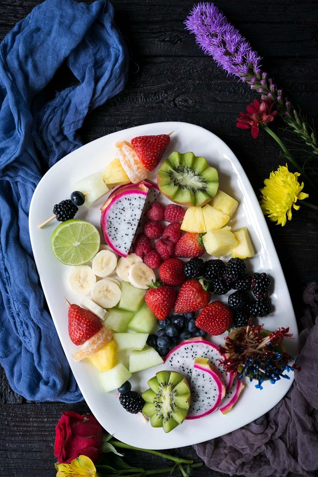 Make This Decorative Fruit Tray For Perfect Party Food