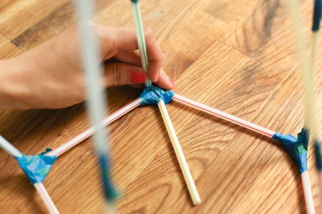 how to build a tower out of straws and tape
