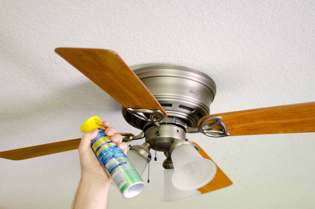 How To Keep Your Ceiling Fans Dust Free With Pictures Ehow