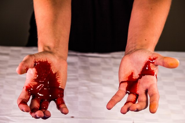 How to Make Fake Blood From Homemade Objects