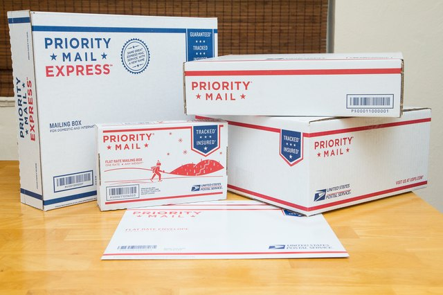 How to Use Priority Mail Flat-Rate Boxes (with Pictures ...
