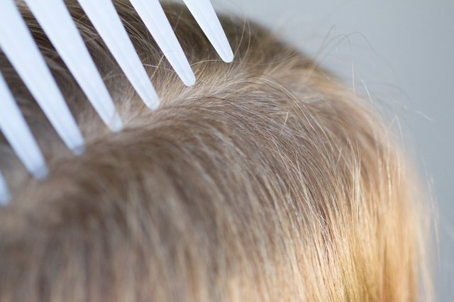 How to Clean Hair Brushes & Lice