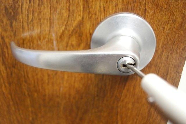 how to unlock a locked bathroom door with pictures ehow how to open a locked bedroom or bathroom door 171 tools