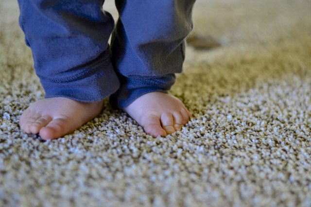 how to teach baby to walk independently