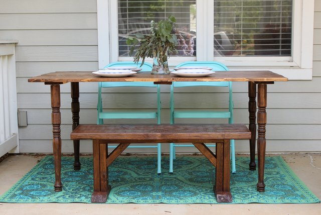 How to make your own wooden table ehow for Build your own farmhouse