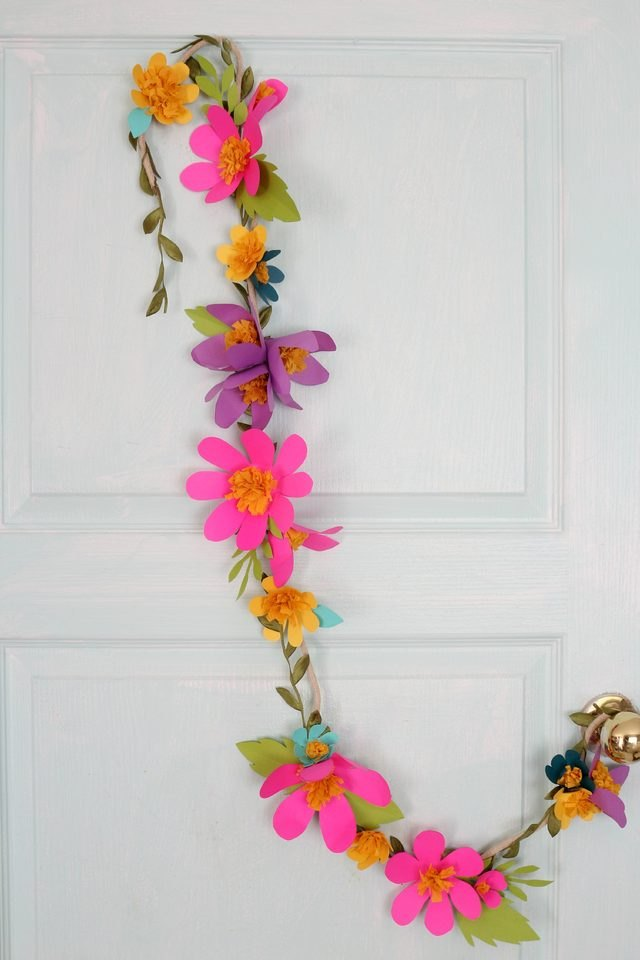 Cheap Spring Decorations: 17 Cheap & Easy DIY Easter Decorations Your Home Needs