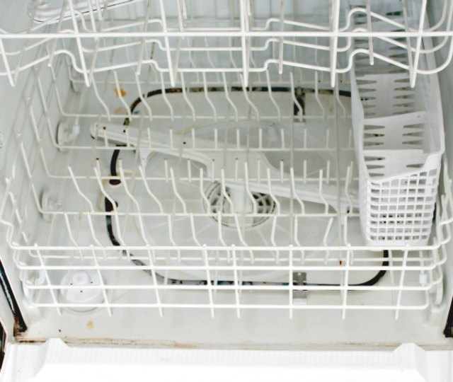 how to clean inside a dishwasher using natural ingredients ehow. Black Bedroom Furniture Sets. Home Design Ideas