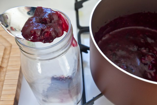 how to make wild blueberry jam
