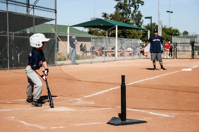 Slowpitch Softball Batting Tips