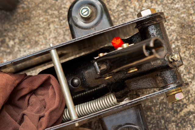 How To Fix A 3 Ton Hydraulic Floor Jack With Pictures Ehow