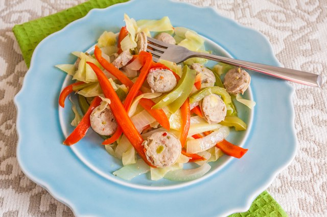 How to Make Boiled Cabbage with Smoked Sausage and Peppers