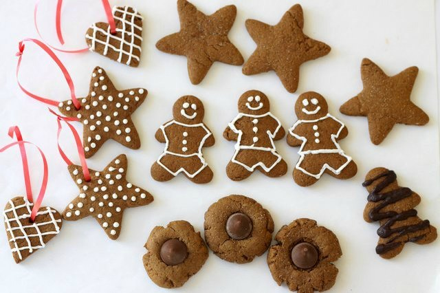 Gingerbread cookies in all shapes & sizes