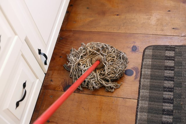 The Best Way To Mop A Floor With Pictures Ehow