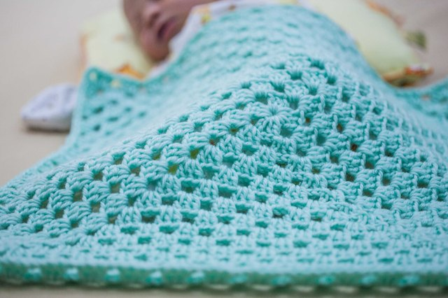 How to Crochet a Granny Square Baby Blanket for Beginners