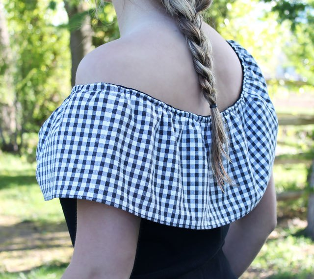 Finished back view of ruffle T-shirt.