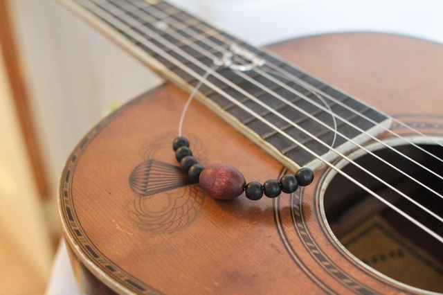 How to Make Jewelry from Guitar Strings