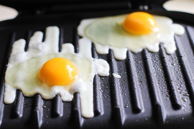 Try making your eggs sunny-side-up on the George Foreman.
