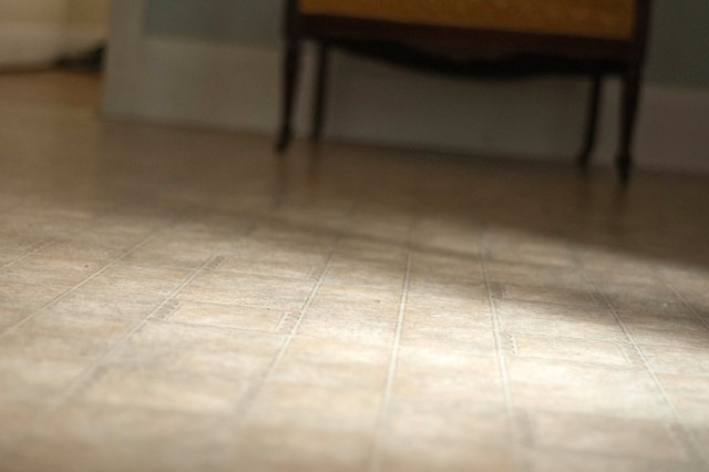 How To Remove Yellow Stains From A Vinyl Floor Ehow | Apps Directories
