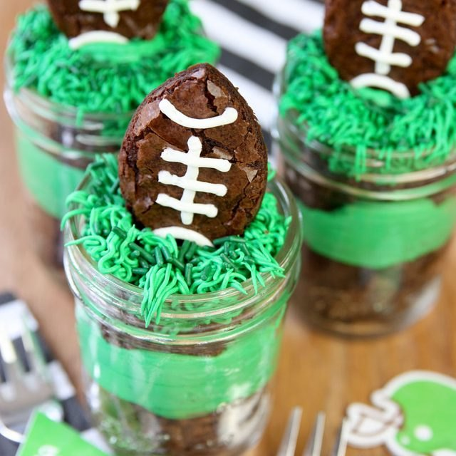 Preparing these desserts can be a fun activity to do with the younger sports fans.