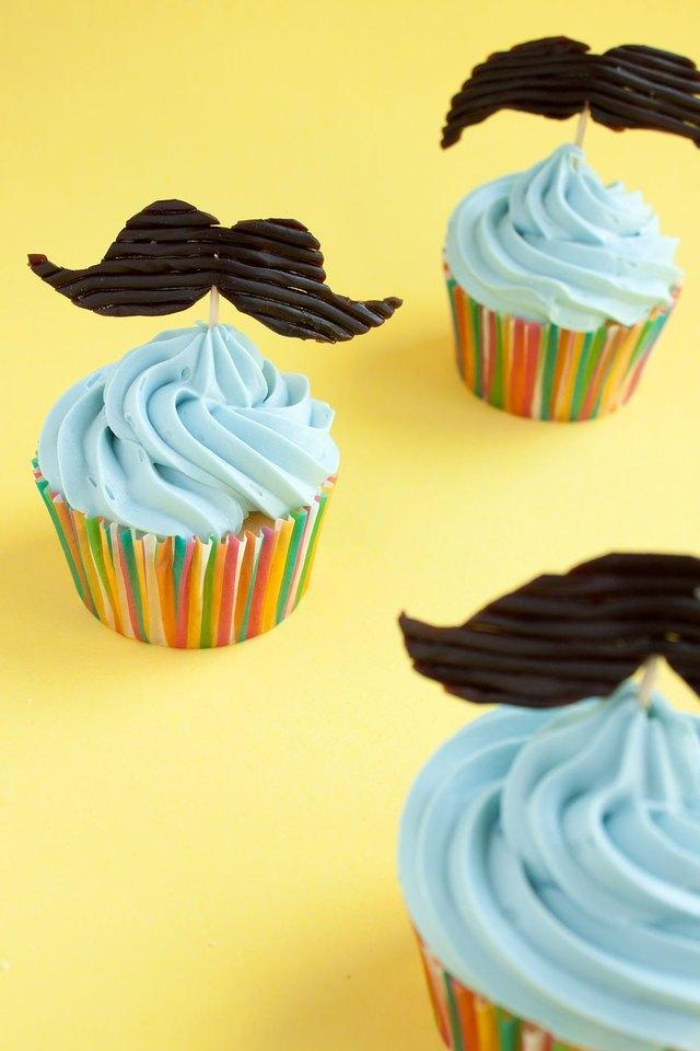 DIY Edible Mustache Cupcake Topper | eHow
