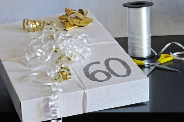 Wedding Anniversary Gift Parents: 60th Wedding Anniversary Gifts For Parents (with Pictures