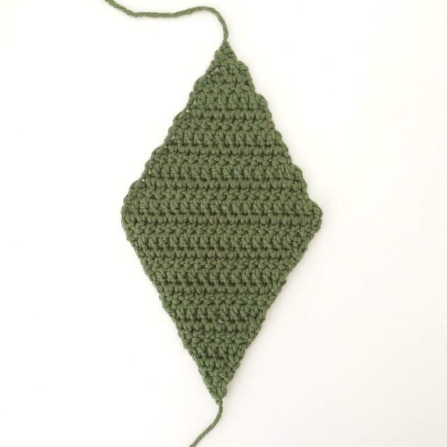 Crochet diamond